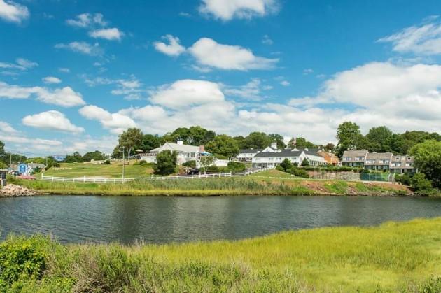 Inn at Mystic: Seaside New England Charm & History