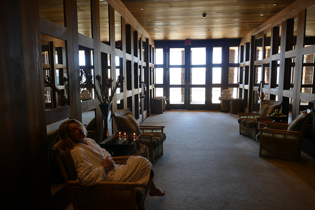 aman resort, amangani, jackson hole, wyoming, usa, travel destination, luxury, resort, spa, restaurant, day trips, skiing, yellowstone, mountains, view, spa